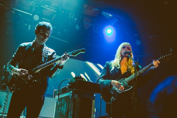 chromatics_-_mezannine_san_francisco_061119_-_ian_young_11_-_copy_768_512_90